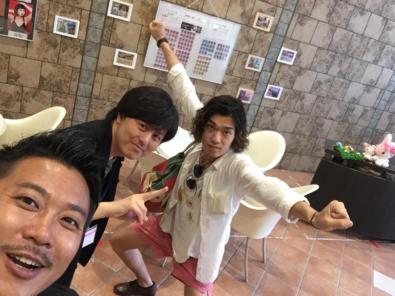 左真ん中が奈良先生