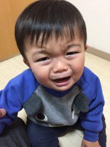 メッチャ泣いとるやん!!