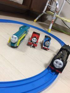 電車遊びに付き合わされました^^;